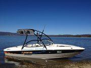 Stingray 195LS Ski/Wake boat